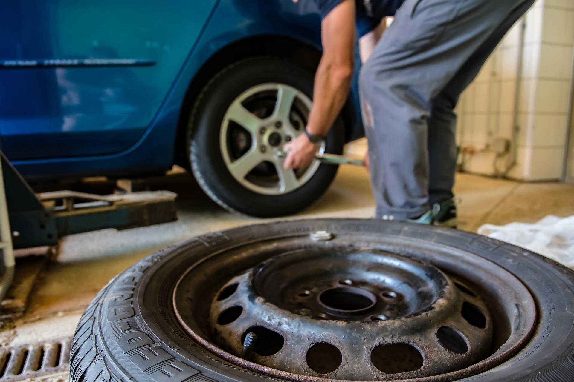 Automóvil / Neumáticos
